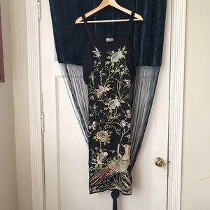ASOS 💐🕊Embroidered Black Midi Dress